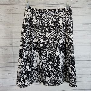 Tranquility Skirts - Tranquility Skirt Sz Large Black White Floral